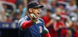 I Red Sox scaricano Alex Cora