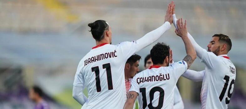 Il Milan esulta dopo un gol